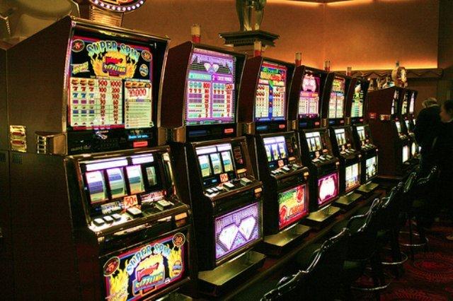 Зарабатывайте в интернете вместе с казино Вулкан