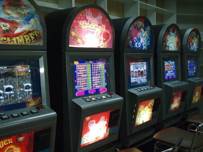 Как играть на деньги в казино Вулкан 24
